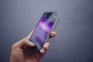DApple Patents Technology to Dial 999 in an Emergency via Fingerprint - Dawn Ellmore Employment