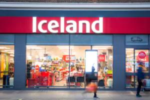 Luke Rehbein Dawn Ellmore Employment-iceland supermarket 2