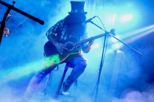 Luke Rehbein - blog 2 - Guns N' Roses