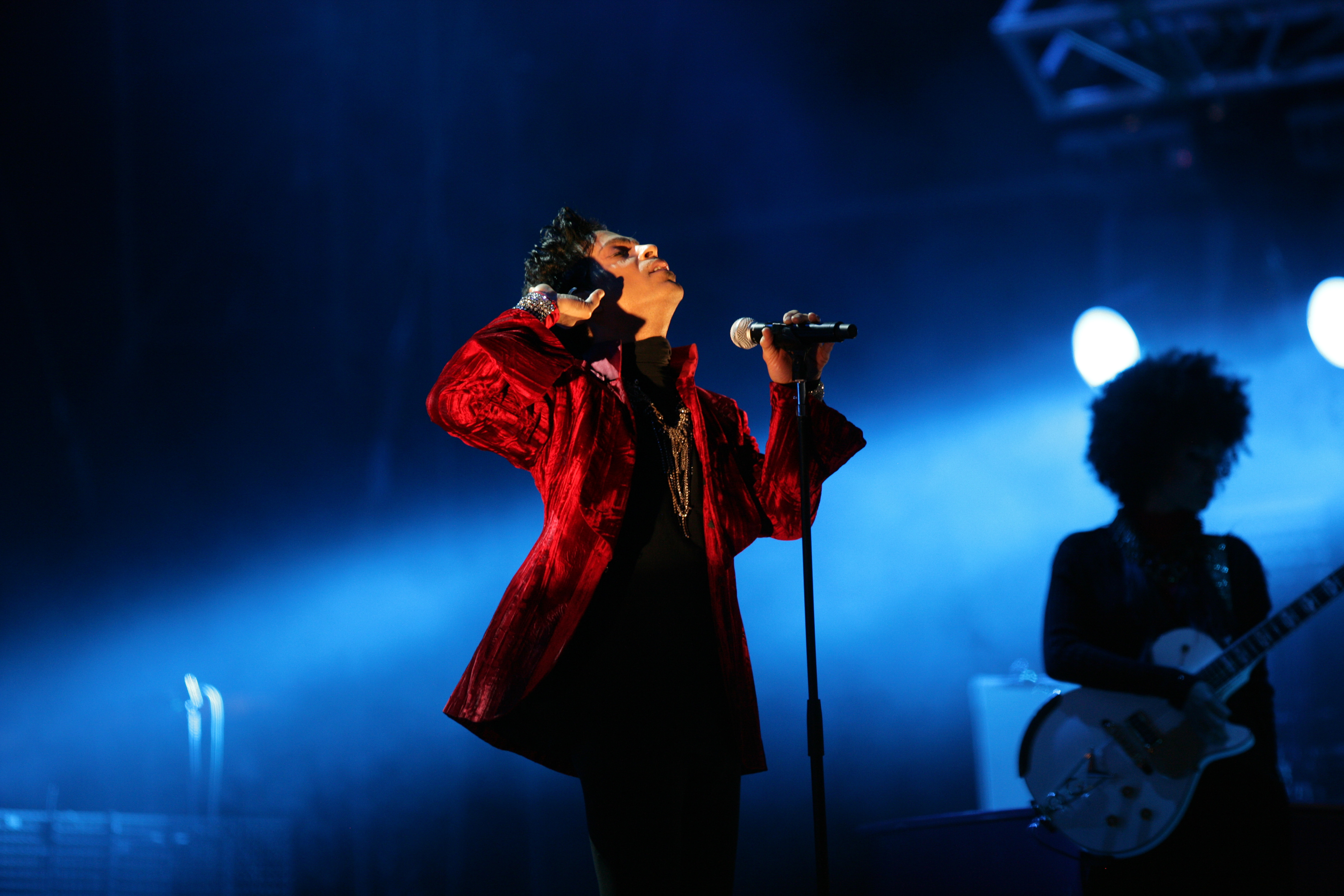 Luke Rehbein, Associate Director at Dawn Ellmore Employment, on the story of howa photographer is taking on Prince's estate over copyright infringement